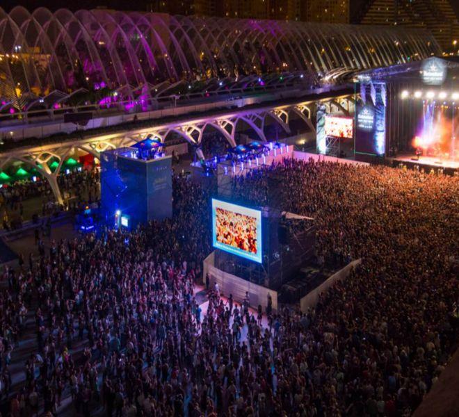 setting of the festival de les arts